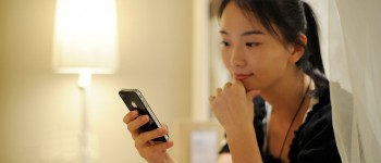 China Mobile Customers Making Fewer Phone Calls, Telecom Companies At Risk