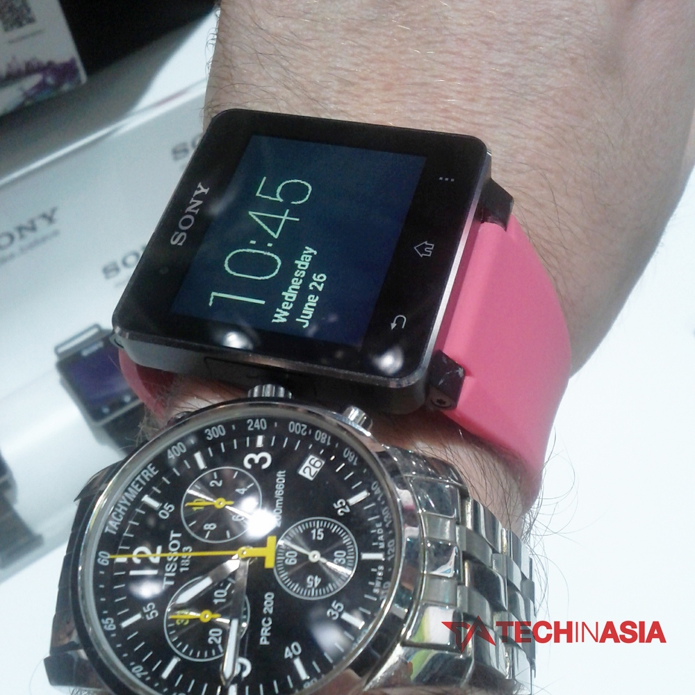 Sony Smartwatch 2 hands-on photo