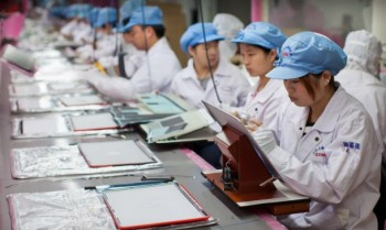 17 Labor Rights Violations Still Found at One Apple Supplier in China, 2013