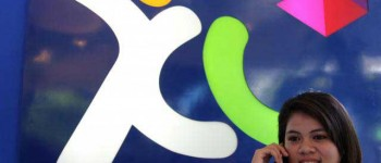 Malaysia's Axiata boosts Indonesia business with $865 million acquisition of AXIS