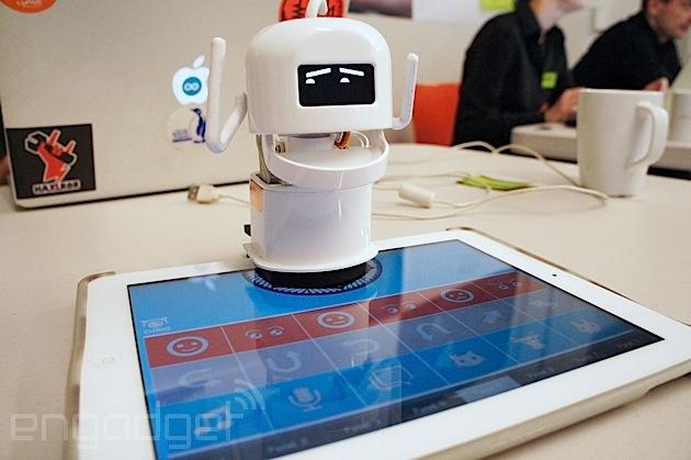 Curio bot with iPad