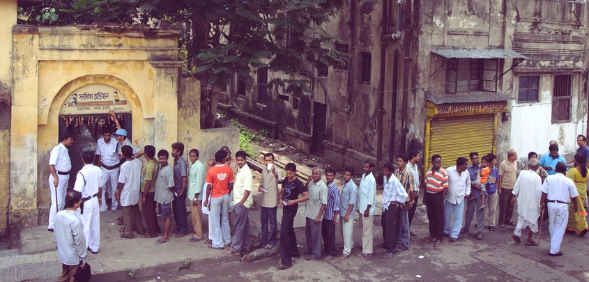 India elections 2014 debated on Facebook