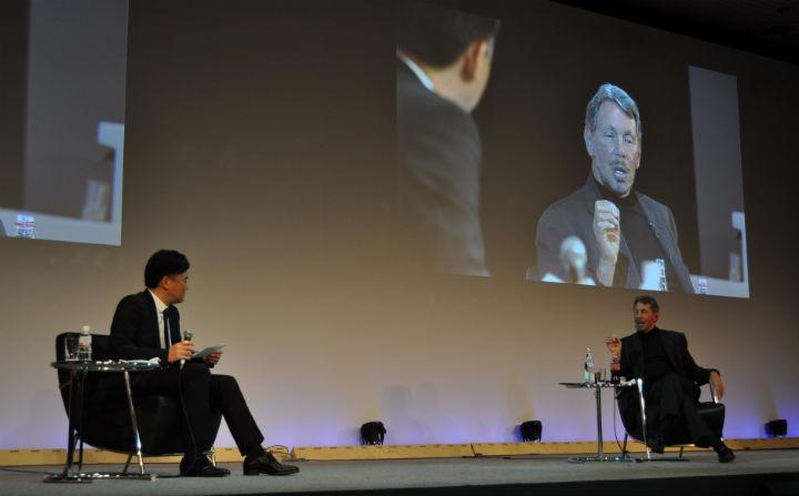 Mikitani talks with Ellison at NES 2014.