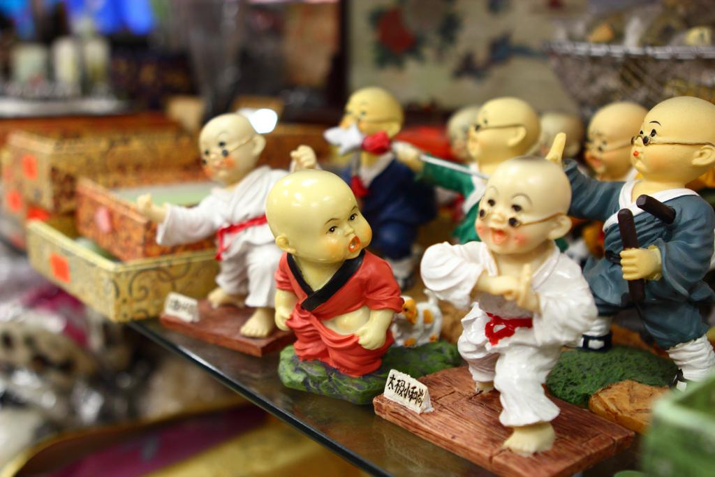 monk figurines photo: Justin Ennis https://www.flickr.com/photos/averain/7762647840/in/photolist-eenDxo-F39ym-9e5cSA-5XD5tG-cPXAKS-9n3sZD-dCMwob-9bSUyg-9iNf3H#