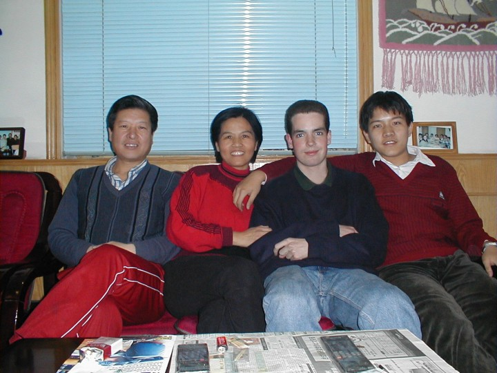 Love with his host family as a high school exchange student in Beijing.