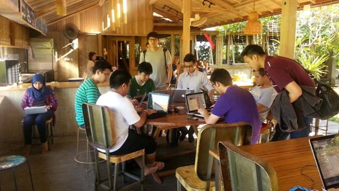 Viewing 4 WeWork buildings in Jakarta Finding Coworking Space in Jakarta Once a popular tourist destination, Indonesia's seaside capital has experienced a .