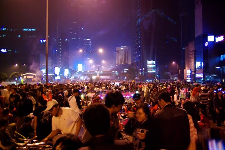 JKT street crowd