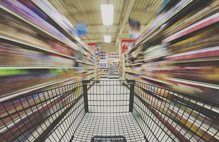 Singapore's hot online grocer RedMart sets foot in India