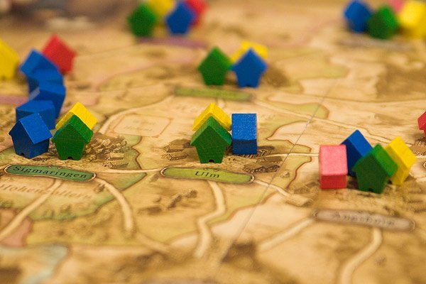 Bringing apps and technology into board games