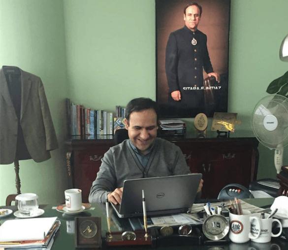Dr Saif Behind the scenes