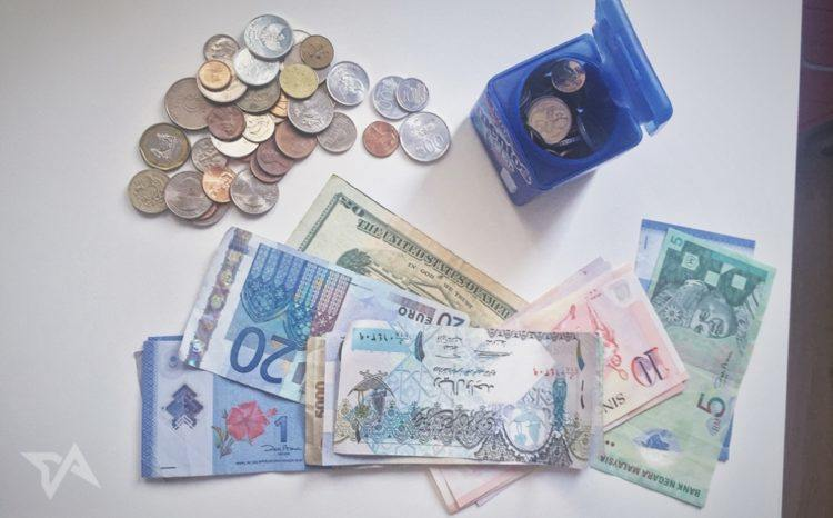 How to get rid of leftover foreign currency