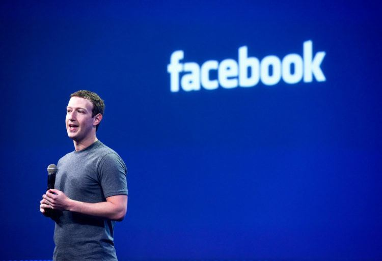 https://cdn.techinasia.com/wp-content/uploads/2016/06/facebook-mark-zuckerberg-speech-speaking-stage-750x513.jpg