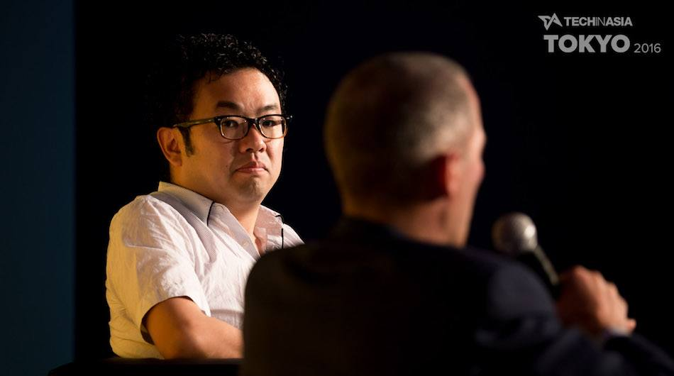 Shinichi Takamiya, chief strategy officer of Globis Capital, interviews Jeff Jordan on Tech in Asia Tokyo 2016 main stage. (Photo credit: Tech in Asia / Michael Holmes).