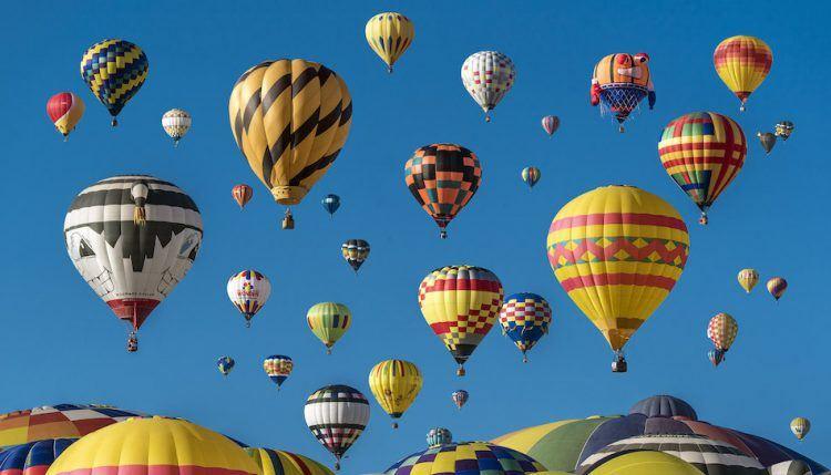 balloons-rising-startups