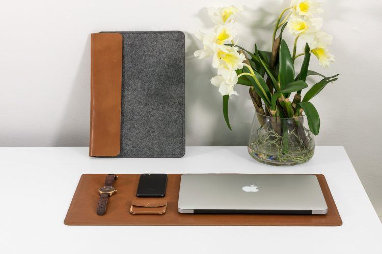 Handcrafted shoes startup incubated at YC is getting into the Macbook sleeve business