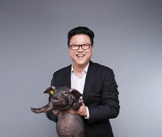 William Ding, billionaire pig farmer