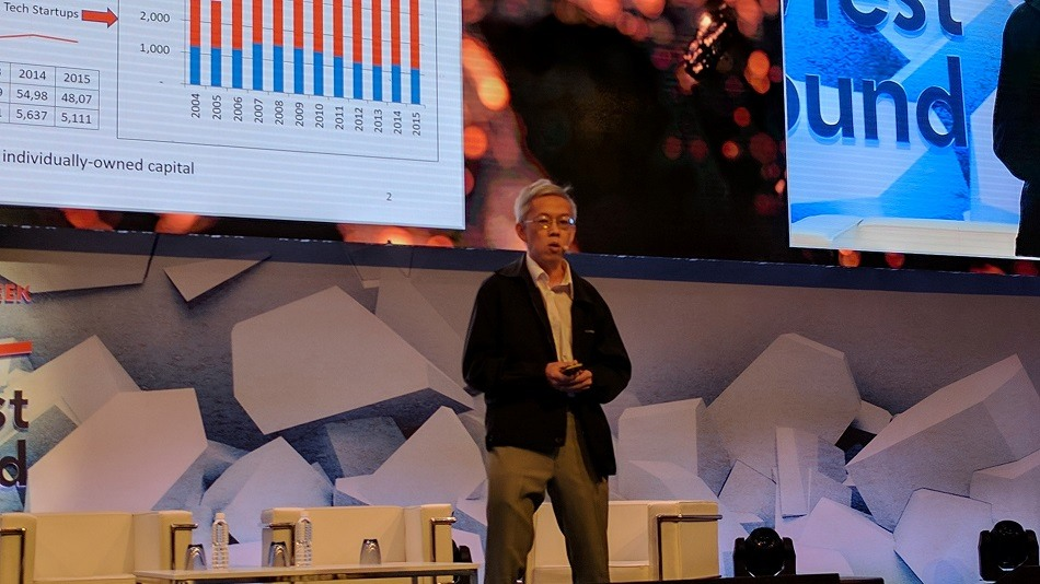 NUS Enterprise director, Dr. Wong Poh Kam, speaking at Innovfest Unbound 2017.