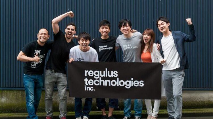 500 Startups Japan partners and the Regulus Technologies team. Photo credit: 500 Startups Japan.