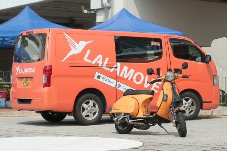 Lalamove van and scooter