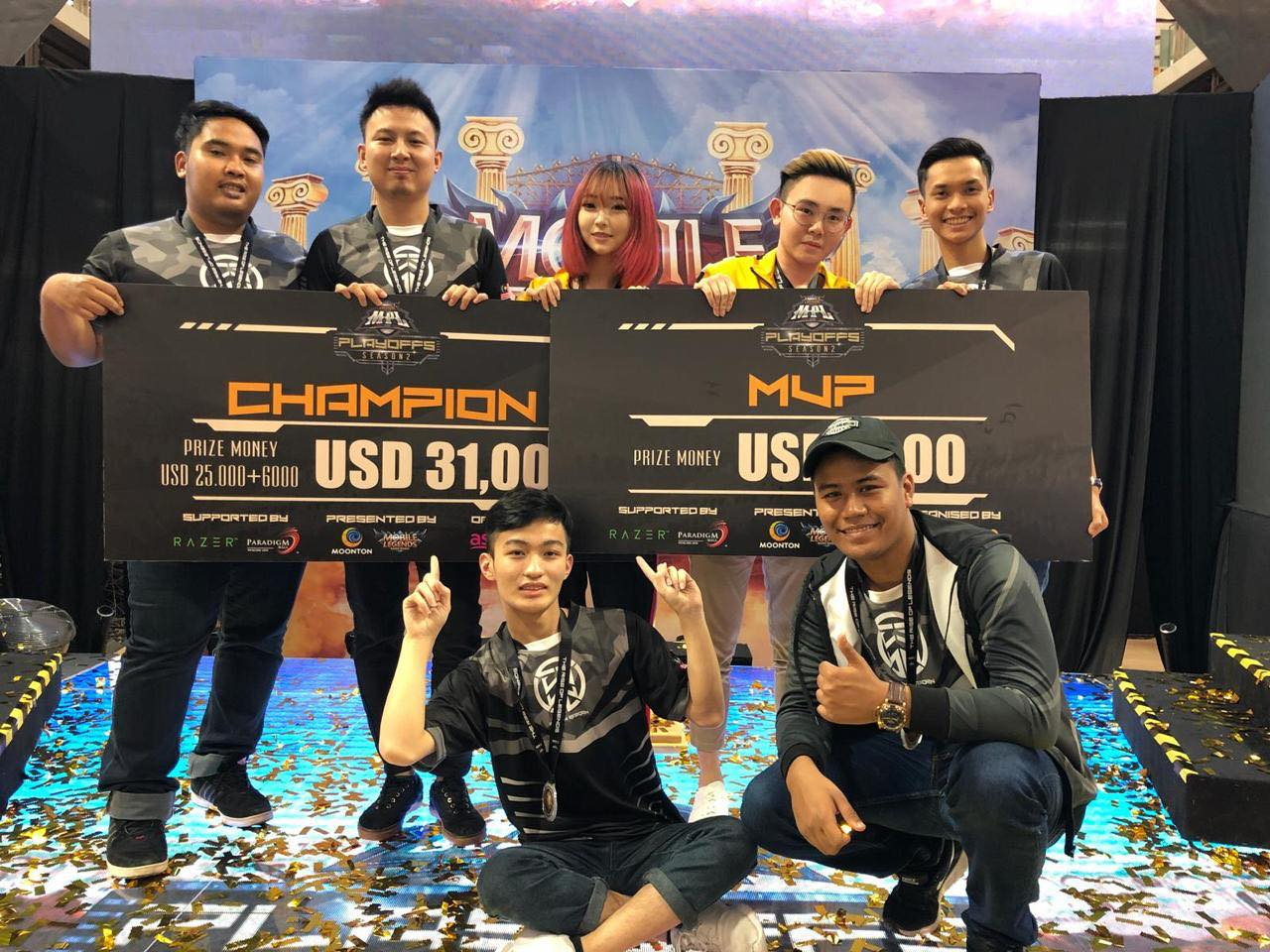 Here's how this Singaporean streamer earns a 5-digit monthly income