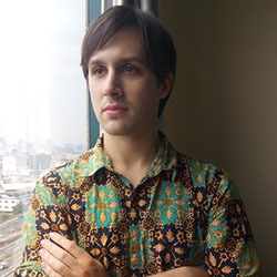 Leighton, Reporter, Indonesia